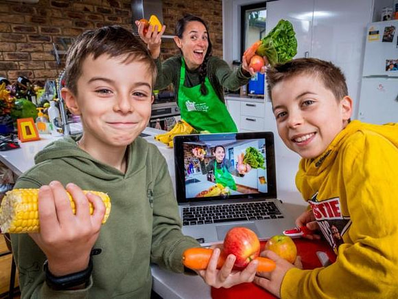 Budding chefs take part in Jamie Oliver's Learn Your Fruit and Veg Online Program